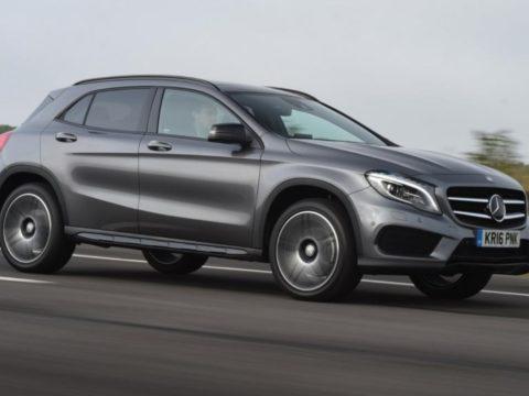 Mercedes GLA сочетает в себе конструкцию А-класса с модным кроссовером в стиле SUV