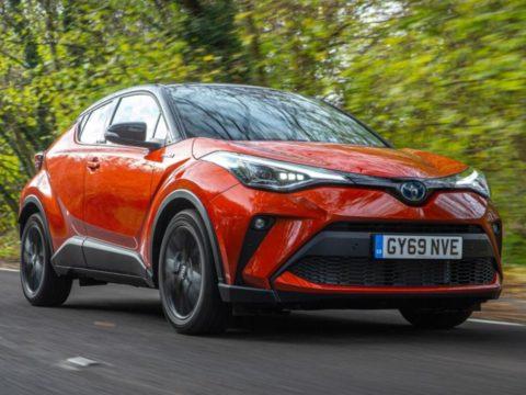 Новая Toyota C-HR Hybrid 2020