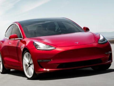 Новая долговечная батарея Tesla